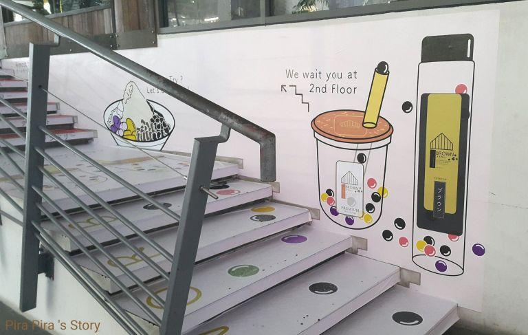 Brown Cafe Milk Tea Pearl Bubble Pira Pira Story Siam Square 3