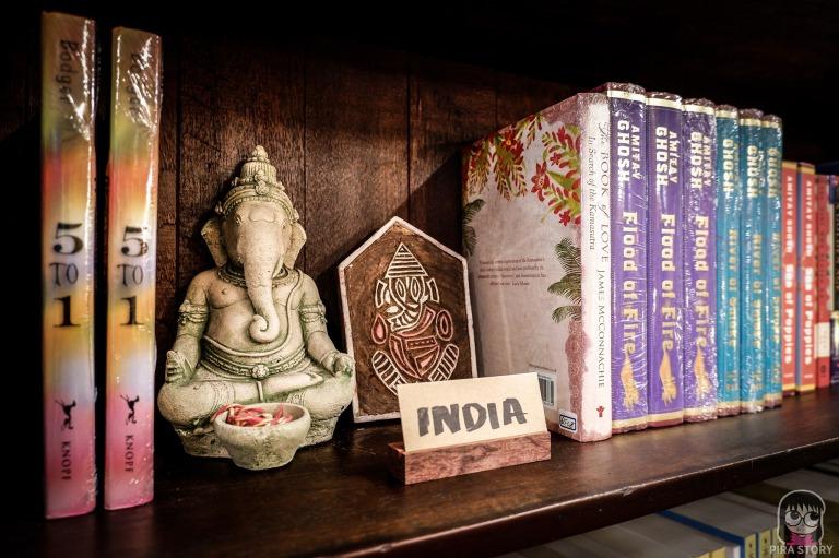 15 world at the corner ร้านหนังสือ ณัฐ ประกอบสันติสุข สิวิกา ก้อยมหรรณพ เสาชิงช้า Pira Story เดินทาง ท่องเที่ยว