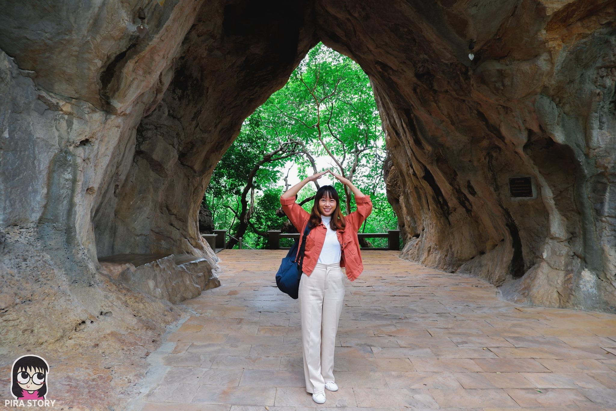 ถ้ำรอดใบโพธิ์ วัดชะอำ ชะอำ เพชรบุรี เที่ยววัด Talay Hotel & Villa